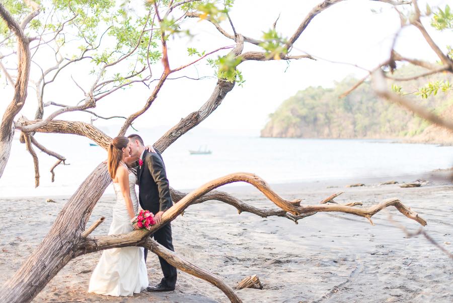 JL_Father_Rooster_Destination_Wedding_CostaRica_44