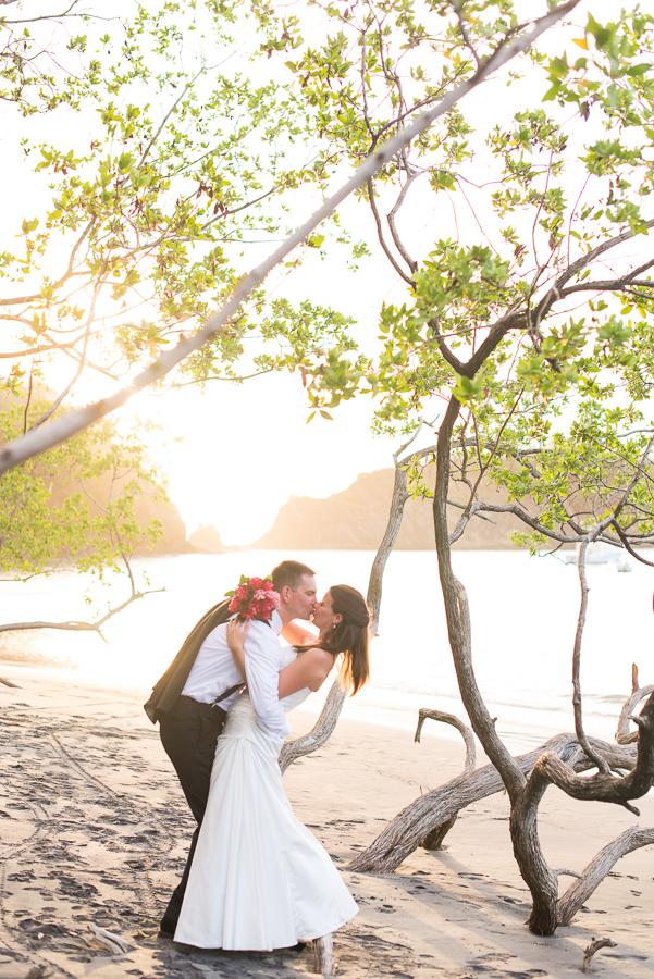 JL_Father_Rooster_Destination_Wedding_CostaRica_46